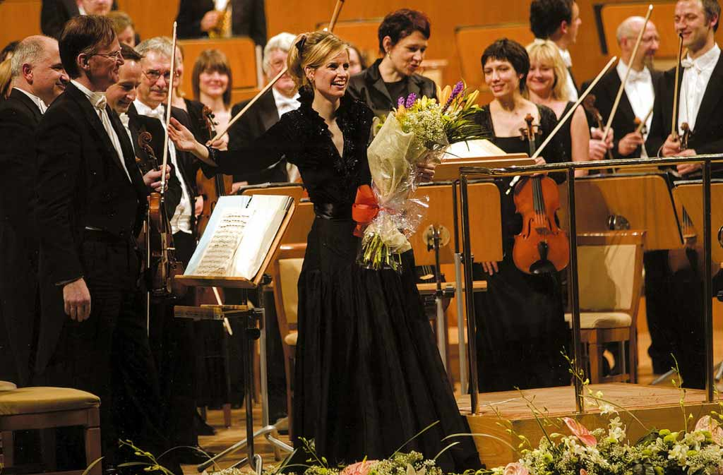 inma-shara-orquesta02