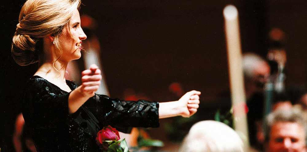 inma shara directora de orquesta